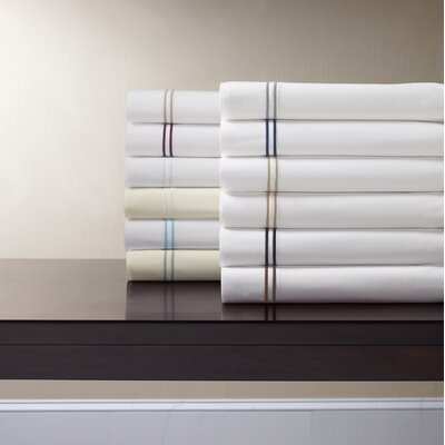 Grande Hotel Egyptian Quality Cotton Percale Sheet Size: King, Color: White / Navy