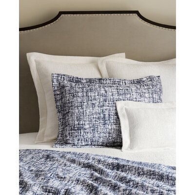 Lando Coverlet Size: Full/Queen, Color: White/Navy