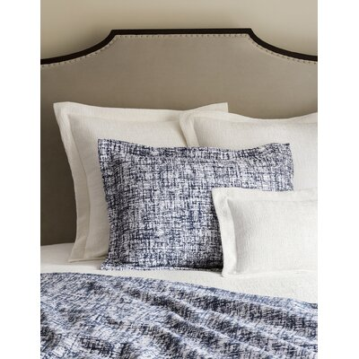 Lando Sham Size: King, Color: White/Navy