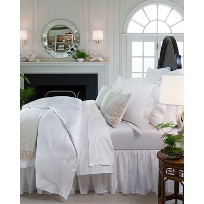 Giza 45 Medalion Bottom Cotton Fitted Sheet Color: White, Size: Queen