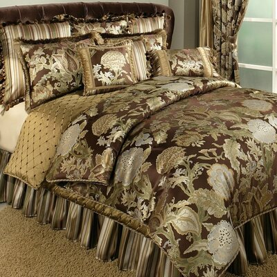 Wonderland 4 Piece Comforter Set Size: Queen