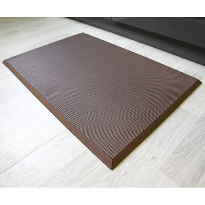 Professional Series Ultimate Comfort Safety Tread Mat Color: Brown