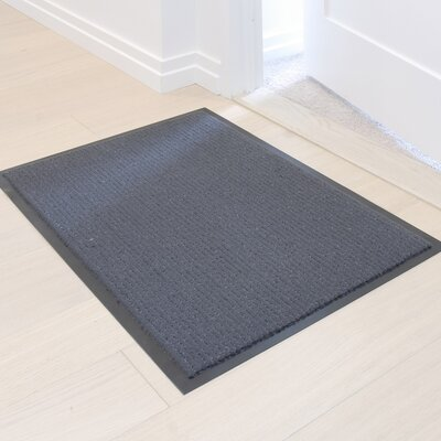 Camel Entrance Doormat Color: Gray
