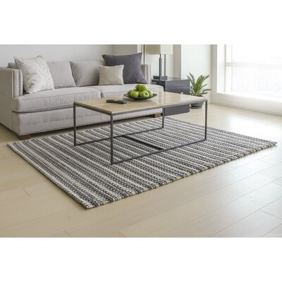 Wool Blend Hand-Woven Gray/White Area Rug Rug Size: 5 x 7