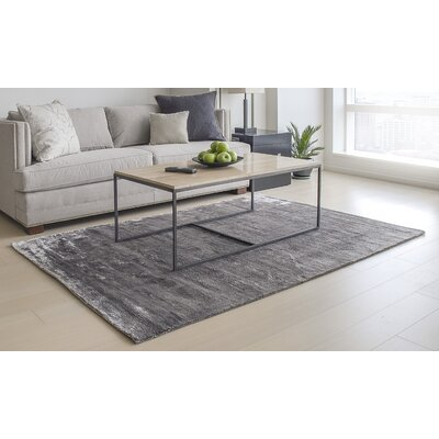 Hand-Tufted Gunmetal Silver Area Rug Rug Size: 4 x 6