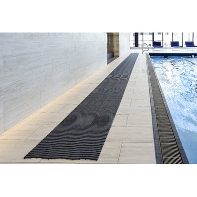 Wet Area Runner Utility Mat Mat Size: Large, Color: Graphite
