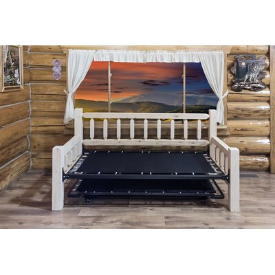 Homestead Bed Frame Finish: Lacquered