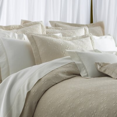 Lucia Egyptian Quality Cotton Coverlet Size: King, Color: Pearl