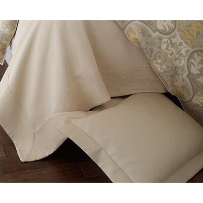 Angelina Coverlet Size: Queen, Color: Gold