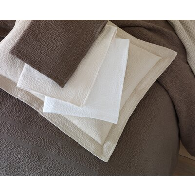 Montauk Paneled Bed Skirt Size: Twin, Color: Pearl