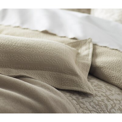 Montauk Paneled Bed Skirt Size: Full, Color: Linen