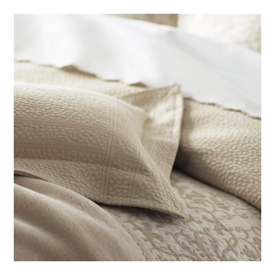 Montauk Paneled Bed Skirt Size: King, Color: Pearl
