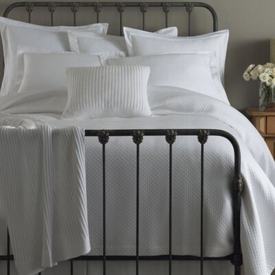 Oxford Paneled Bed Skirt Size: Full, Color: White
