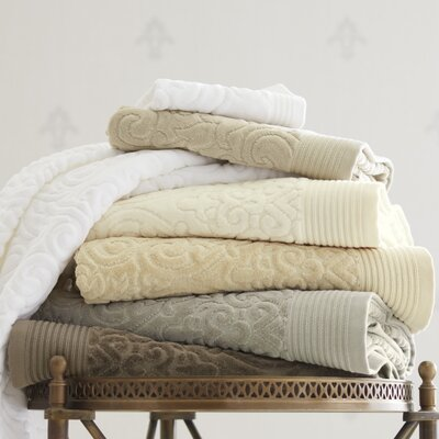 Park Avenue Hand Towel Color: Ivory