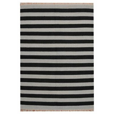 Hand-Woven Gray/Black Area Rug