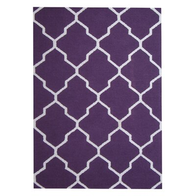 Hand-Tufted Purple/Ivory Indoor Area Rug