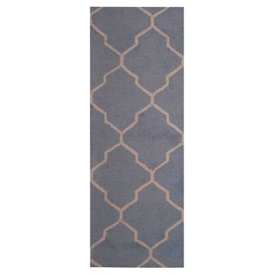 Hand-Tufted Light Blue/Beige Indoor Area Rug Rug Size: Runner 26 x 7