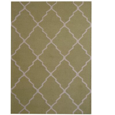 Hand-Tufted Light Green/Beige Indoor Area Rug Rug Size: 5 x 7