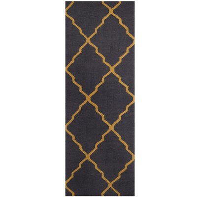 Hand-Tufted Navy/Light Gold Area Rug
