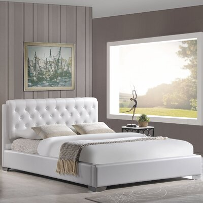 Queen Upholstered Platform Bed Color: White