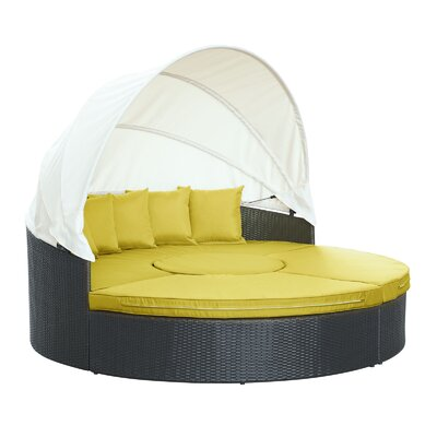 Quest Canopy Daybed Seating Group with Cushions Fabric: Peridot