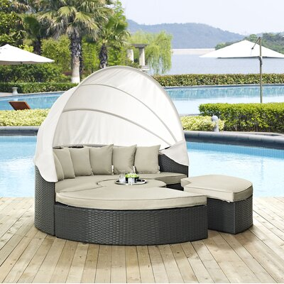 Sojourn Daybed with Cushions Fabric: Antique Beige