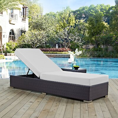 Ryele Contemporary Chaise Lounge with Cushion Fabric: White