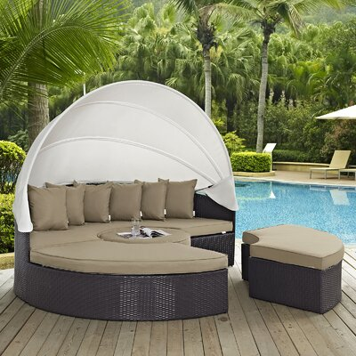 Ryele Daybed with Cushions Fabric: Mocha