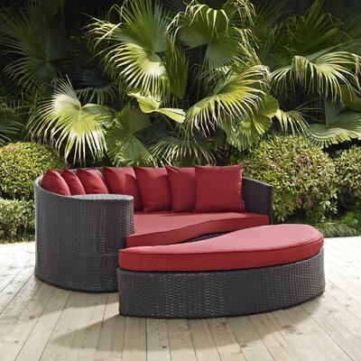 Ryele Outdoor Patio Daybed with Cushions Fabric: Espresso Red
