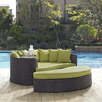 Ryele Outdoor Patio Daybed with Cushions Fabric: Espresso Turquoise