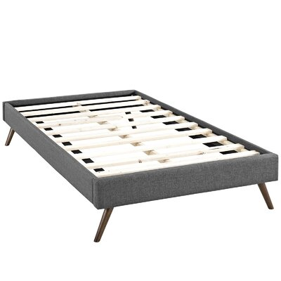Helen Platform Bed Size: King, Color: Gray