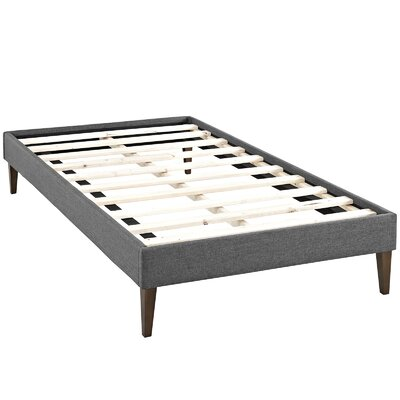 Sharon Platform Bed Size: King, Color: Gray