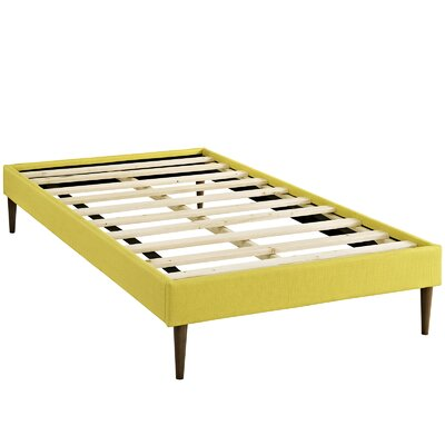Sherry Platform Bed Size: Twin, Color: Sunny