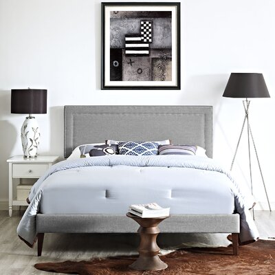Eyre Upholstered Squared Tapered Legs Platform Bed Color: Light Gray, Size: Queen
