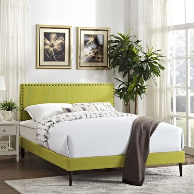 Preiss Upholstered Platform Bed with Round Tapered Legs Color: Wheatgrass, Size: Queen