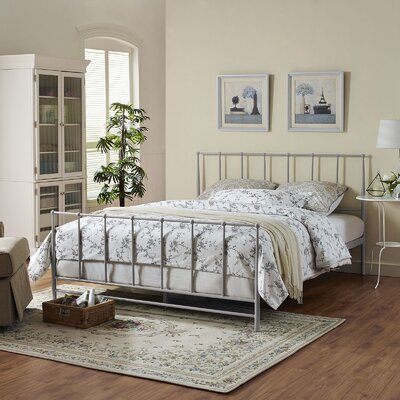 Estate Platform Bed Size: Queen, Color: Gray