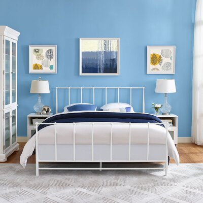 Estate Platform Bed Size: Queen, Color: White