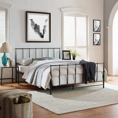 Estate Platform Bed Size: King, Color: Dark Brown