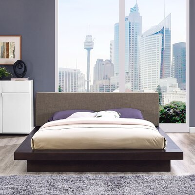 Rennan Queen Upholstered Platform Bed Color: Cappuccino Brown
