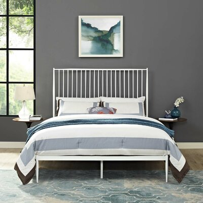 Balbuena Queen Platform Bed Color: White