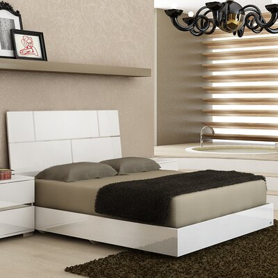 Pisa Platform Bed Size: King