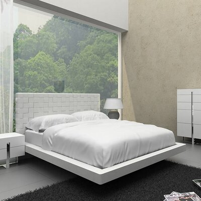 Zack Upholstered Platform Bed Size: Queen, Finish: White