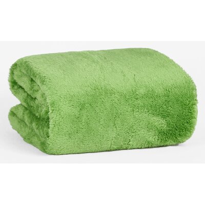 Extra-Fluffy� Throw Color: Botanical
