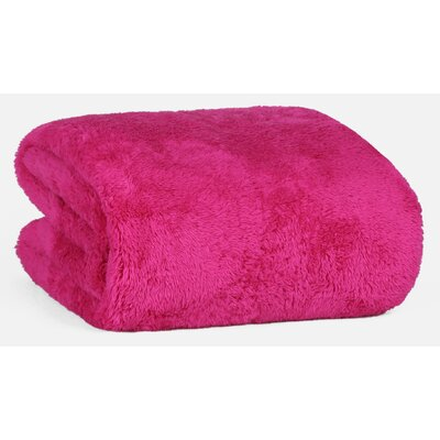 Extra-Fluffy� Throw Color: Hot Pink