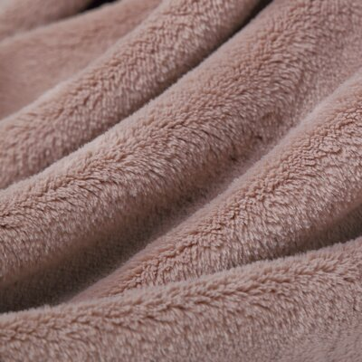 Luxe Plush Throw Blanket Color: Truffle