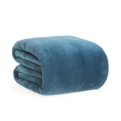 Polartec Performance Serasoft Blanket Color: Atlantic Blue