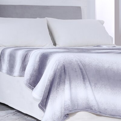 VelvetLoft Ombre Throw