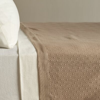 Diamond Knit Quilted Cotton Blanket Size: Full/Queen, Color: Latte