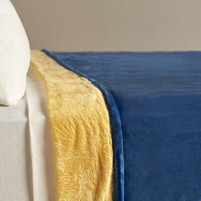 VelvetLoft� Dual-Color Reversible Blanket Size: Twin, Color: Night Sky
