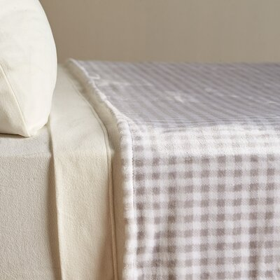 VelvetLoft� Country Check Polyester Blanket Size: King, Color: Gray Gingham